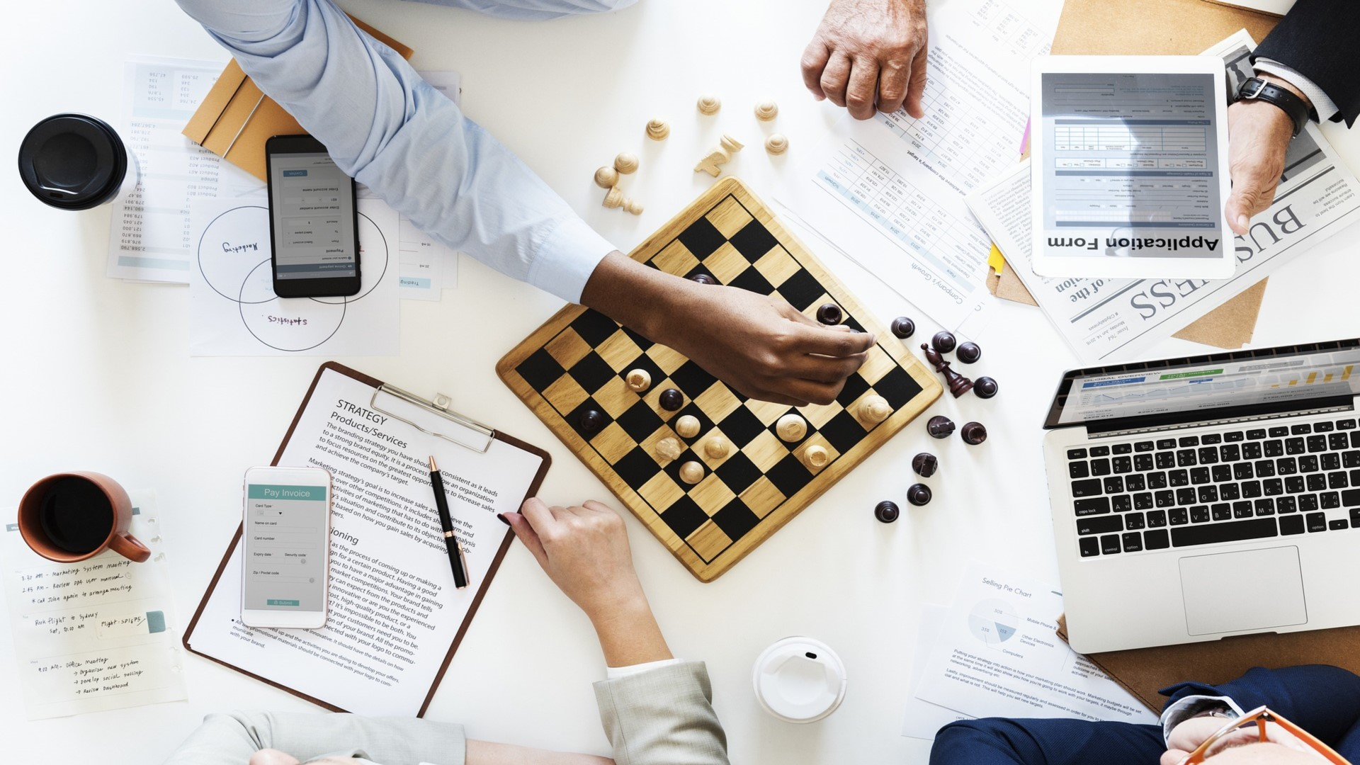 In omnichannel marketing, all possible outcomes have to be taken into consideration, as in chess.